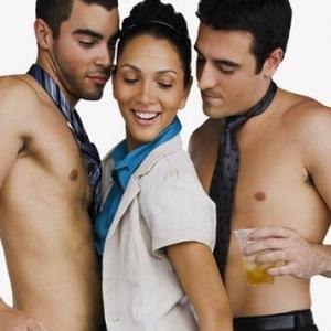 nuevoloquo. trios, fantasia sexual