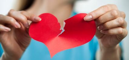 8 signos de que tu relación está acabada