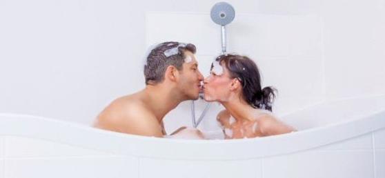 Sexo en la bañera