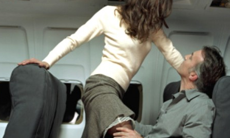 Encuentro sexual en un avión
