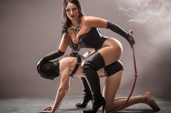 BDSM: La dominación femenina