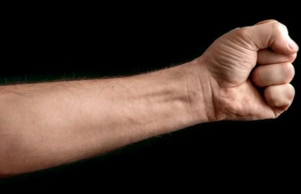 Fisting: alojar un puño