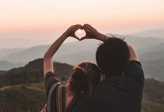 Estar locamente enamorado